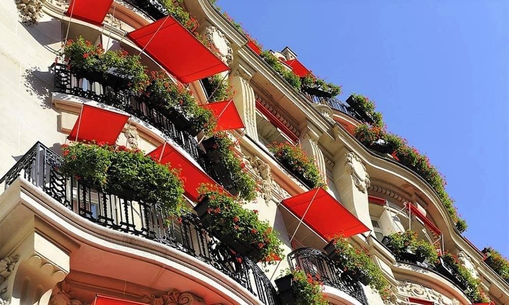 paris-plaza-athenee-facade-1600x900